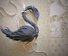 black crepe paper swan - cigno nero in carta crespa
