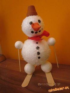 Polystyrénový snehuliak