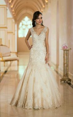 cf9f20ffbdab5 Beautiful plunging backless wedding dress features handcrafted Diamante  beading and Lace in your choice of gold