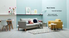 Woonstijl: interieur impressie woonkamer met okergele bank en groene ...