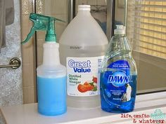 Life Crafts & Whatever: Dawn + Vinegar = Soap Scum KILLA -- Heat 1 C vinegar (about 2 min in microwave); place in spray bottle; add 1 C blue Dawn; Begin cleaning soap scum!
