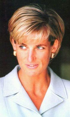 April 15, 1997: Diana, Princess Of Wales visiting Royal Brompton Hospital, West London.