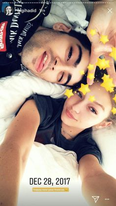 Gigi Hadid Shares Never-Before-Seen Photos With Zayn Malik!: Photo In honor of the end of Gigi Hadid is looking back on memories with her boyfriend Zayn Malik! While the super cute couple have been keeping their relationship… Grupo One Direction, Hadid Instagram, Gigi Hadid And Zayn Malik, Zany Malik, Zayn Malik Photos, Zayn Malik Young, Gigi Hadid Style, Intimate Photos, Relationship Pictures
