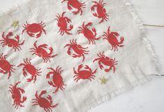 Crab embroidery 2013.jpg   http://yumikohiguchi.com/gallery2.html