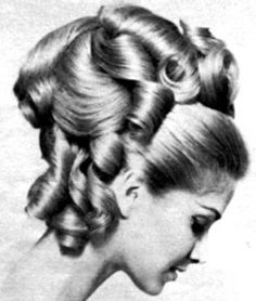 (notitle) The post (notitle) & fryzuren appeared first on Lilac hair . 1960 Hairstyles, Vintage Hairstyles, Cool Hairstyles, Hairdos, Hair And Beard Styles, Hair Styles, 1960s Hair, Large Curls, Lilac Hair