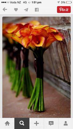 Bridesmaids bouquet... but stems not as long