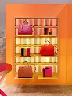 Boutique pop up Fendi Crayon Podium en Mexico DF | Galería de fotos 1 de 7 | Vogue México