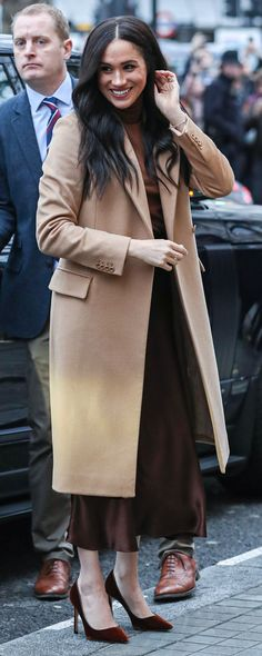 7 Jan 2020 - Meghan, Duchess of Sussex visits Canada House in London. Royal Fashion, Girl Fashion, Fashion Outfits, Fashion News, Fall Winter Outfits, Winter Fashion, Sussex, Meghan Markle Style, Herzog