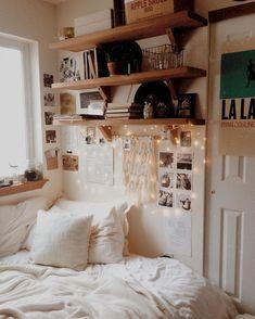 Nice 46 DIY Student Apartment Decor Ideas on A Budget https://toparchitecture.net/2018/02/26/46-diy-student-apartment-decor-ideas-budget/