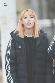 Mamamoo Moonbyul, Asian Street Style, Some Girls, Kpop, Canada Goose Jackets, Girl Group, Adidas Jacket, Rain Jacket, Windbreaker