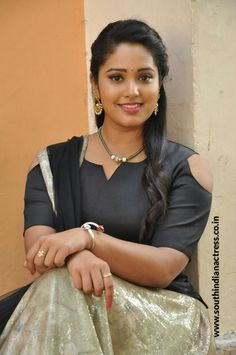 Himansee chowdary South Indian Actress Hot, Indian Actress Hot Pics, Most Beautiful Indian Actress, Most Beautiful Women, Cute Beauty, Beauty Full Girl, Beauty Women, Beauty Girls, Indian Girls Images