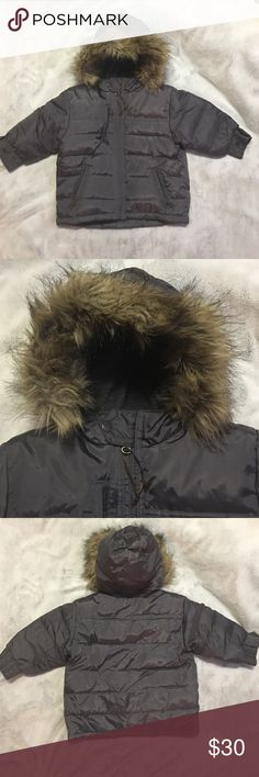 Lined puffer jacket w/fur rimmed hood 18-24m Lined puffer jacket w/fur rimmed hood 18-24m dark gray in color, absolutely no matting on the fur, this is an absolutely beautiful jacket GAP Jackets & Coats Puffers