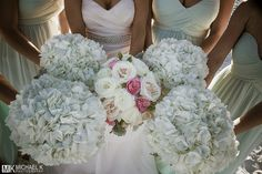 Gorgeous flowers for a beach wedding in Destin, Florida