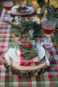 Plaid Wedding Ideas for Your Christmas Wedding - KnotsVilla