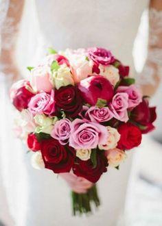 O buquê-de-noiva dos seus sonhos está aqui! Tudo pronto para a cerimônia de casamento: vestido, buffet, decoração... mas ainda falta um detalhe muito importante: o seu buquê-de-noiva...