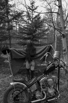 harley davidson sportster parts accessories Harley Davidson Chopper, Harley Davidson Sportster, Harley Softail, Lady Biker, Biker Girl, Biker Baby, Harley Davidson Pictures, Motorbike Girl, Chopper Bike