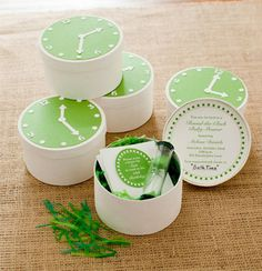 Pottery Barn Kids created these cute DIY invitations, which you can download for free. The Pottery Barn Kids site also includes instructions on how to assemble the sweet invites.