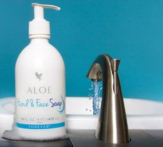 My favourite pH balanced aloe vera based soap: Forever aloe liquid soap for hands and face. I have eczema on hands occasionally and this is literally the only soap I can use. Forever Aloe, Forever Living Aloe Vera, Forever Living Products, Forever Living Brasil, Clean9, Forever Living Business, Chocolate Slim, Face Soap, Liquid Soap