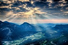 The view from Rainbow Curve at Rocky Mountain National Park in Colorado