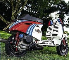 Vespa Motorcycle, Moped Scooter, Best Scooter, Vespa Scooters, Piaggio Vespa, Vespa Lambretta, Vespa Px 150, Classic Vespa, Italian Scooter
