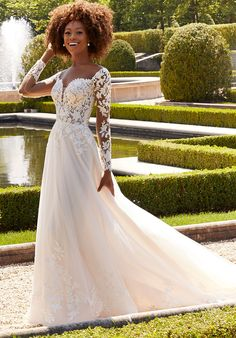Ball gown wedding dress in net and lace with sweetheart neckline and off-the-shoulder long sleeves. Bridal Wedding Dresses, Wedding Dress Styles, Dream Wedding Dresses, Designer Wedding Dresses, Essense Of Australia, Classic Wedding Dress, Allure Bridal, Gowns Of Elegance, Trends