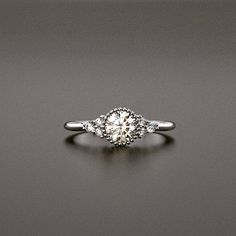 New Gáldu ring. Coming soon. Classic Elegance, Jewelry Design, Jewels, Engagement Rings, Photo And Video, Elegant, Wedding, Instagram, Enagement Rings