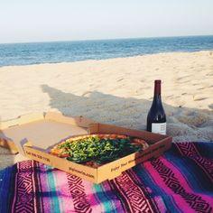 pizza + beach = perfection