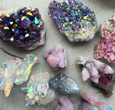 Credit to the artist Spirit Quartz // Crystal Fairy Vibes Minerals And Gemstones, Rocks And Minerals, Raw Gemstones, Crystal Aesthetic, Spirit Quartz, Cool Rocks, Crystal Magic, Mineral Stone, Rocks And Gems