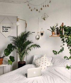 Room Ideas Bedroom, Home Bedroom, Bedroom Decor, Bedrooms, Bedroom Inspo, Bedroom Designs, Hippy Bedroom, Uni Room, Cute Room Decor