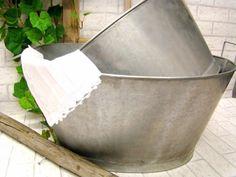 Pesuvati, sinkkiä... Kylläpä muoviset sais äkkilähdön.