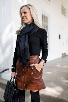 What to Wear for Thanksgiving | Chic and Easy Neutrals