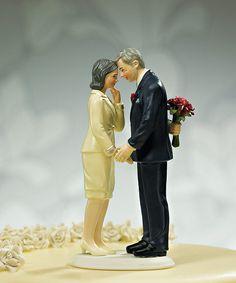 【ロマンチック編】素敵に年を重ねる夫婦  ご両親への結婚記念日などのプレゼントにぴったりのトッパー☆ ケーキと一緒にサプライズ!家族で思い出に残る一日をお過ごし下さい^^【MimiJ Bridal】http://mimijbridal.comより購入可能です♪