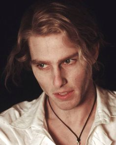 Interview with the Vampire - 1994 90s Movies, I Movie, Tom Cruise Biography, Lestat And Louis, Anne Rice Vampire Chronicles, Cruise Pictures, Interview With The Vampire, Vampires And Werewolves, Fiction
