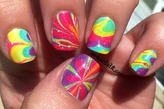 Groovy water marble nails