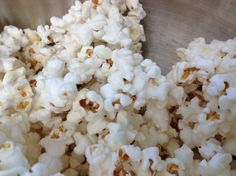Homemade Kettle Corn White Popcorn, Popcorn Mix, Popcorn Kernels, Appetizer Recipes, Snack Recipes, Snacks, Appetizers, Homemade Kettle Corn, Yummy Treats