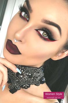 Is vampire makeup kinda your thing? Have you been waiting the whole year to put ... ,  #kinda #makeup #thing #vampire #waiting #whole,  #Makeup, Makeup