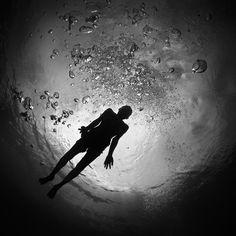 Hengki Koentjoro's Black and White Underwater Photography