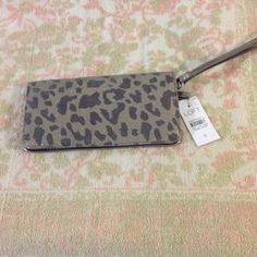 "Ann Taylor Loft Wristlet Wallet New Brand new with tags metallic fabric leopard print wristlet wallet. 7.5"" x 4"". Color is a more of a light bronze than gold. LOFT Bags Clutches & Wristlets"