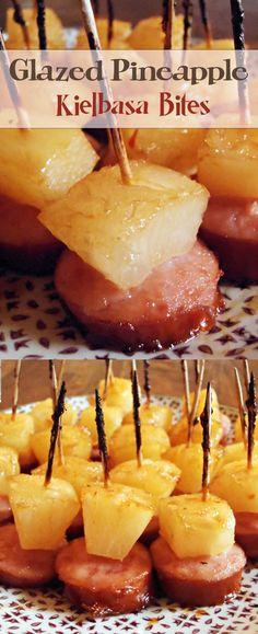 Glazed Pineapple Kielbasa Bites - My best finger food list Finger Food Appetizers, Yummy Appetizers, Appetizers For Party, Appetizer Recipes, Snack Recipes, Cooking Recipes, Kielbasa Appetizer, Sausage Appetizers, Brunch
