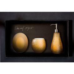 GOLF Set Cognac. GOLF Set composto da dispenser, bicchiere e vaschetta portasapone in VetroFreddo®, colore cognac. Il set è venduto in una confezione regalo.
