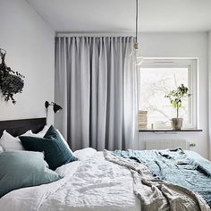 Derivante - via Mike McDowell Posted by Interior and Product. via interiorandproductdesign Grey Curtains Bedroom, Cozy Bedroom, Bedroom Inspo, Dream Bedroom, Home Decor Bedroom, Master Bedroom, Scandinavian Interior Bedroom, Scandinavian Curtains, Scandinavian Loft