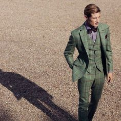 Green Plaid Suit w/Purple Shirt & Bow Tie Green Plaid Shirt, Plaid Suit, Combo Image, Shirt Tie Combo, Green Suit, Beautiful Suit, Mr Style, Well Dressed Men, Suit And Tie