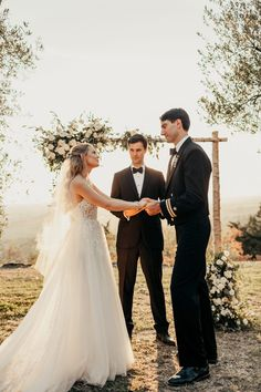 We guarantee that this dreamy Tuscany wedding will have your heart in no time | Image by Autumn Nicole Photo