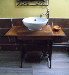 1000 id es sur tables coudre singer sur pinterest vieilles machines coudre tables de. Black Bedroom Furniture Sets. Home Design Ideas