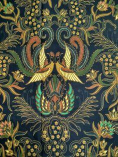 Indonesian Wedding, Indonesian Art, Textile Patterns, Textiles, Victorian Cross Stitch, Batik Solo, Batik Art, Batik Pattern, Batik Fashion