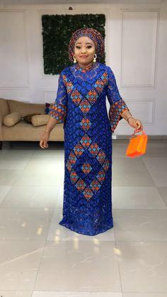 African Fashion Ankara, Latest African Fashion Dresses, African Print Fashion, African Dresses For Women, African Attire, Pretty Black Dresses, African Print Dress Designs, African Blouses, Gown