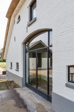 Steel outside doors & frames - Simply Steel Best Insulation, Exclusive Homes, Inside Doors, Window Frames, Steel Doors, House Goals, Steel Frame, Windows And Doors, Architecture