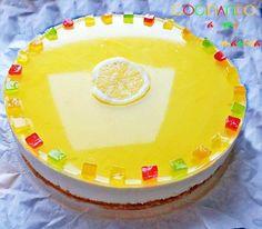 Receta de tarta mousse de limón, una tarta suave, fresquita y con una textura muy,muy cremosa. Con esta tarta mousse de limón tendrás un éxito asegurado.