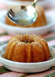 How to make Cuban Rum Cake (Cake de Ron) - Easy Cuban and Spanish Recipes