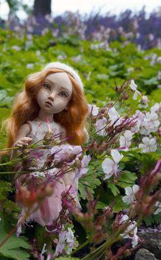 Porcelain Doll, Bjd Dolls, Ball Jointed Dolls, Aurora Sleeping Beauty, Disney Princess, Disney Characters, Artist, Artists, Disney Princesses